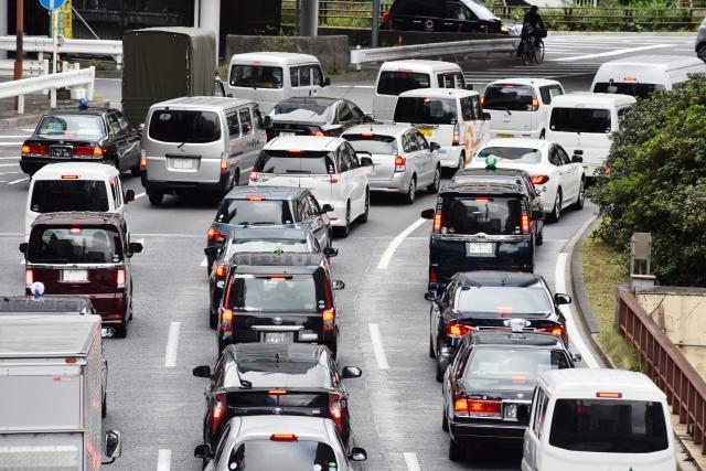 頭の交通渋滞、どうやって解消してます?