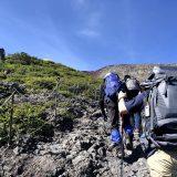 まずは山頂だけを見て、登り切る!